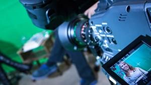 Videoproduktion og studieproduktion til alle formål i en virksomhed. Ring for tilbud på 70 20 66 20