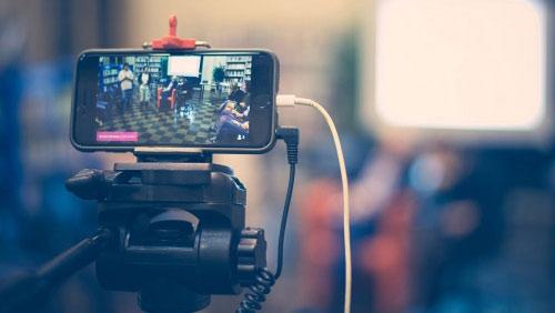 livestreaming med mobiltelefon 500X282