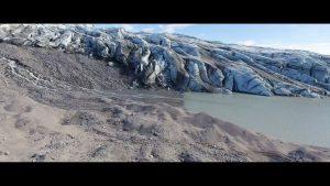 klimaaendringer-i-groenland-film1-soe-og-gletcher