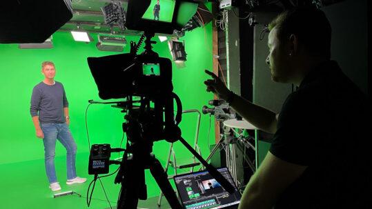 CONTÄJNER i green screen studiet i Mediehuset København